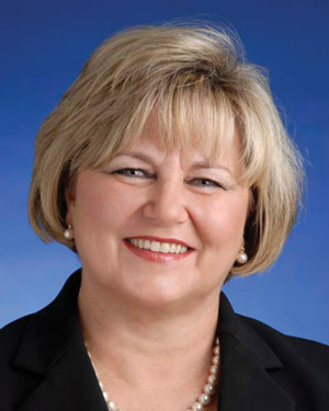 Janice Dobbs Headshot
